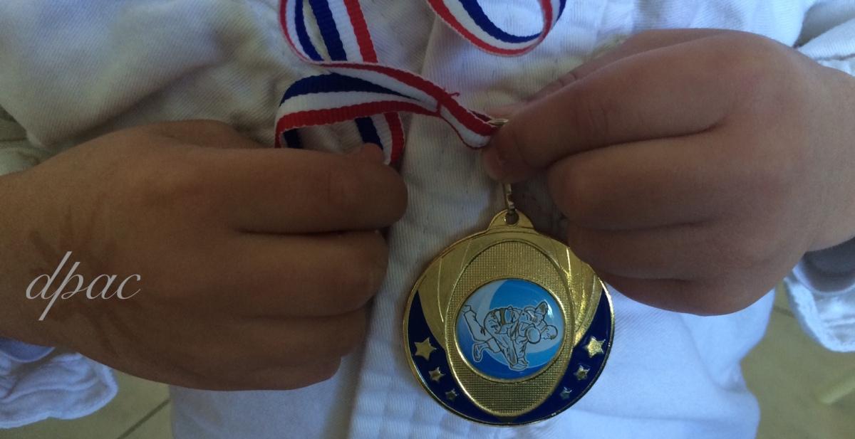 La première médaille